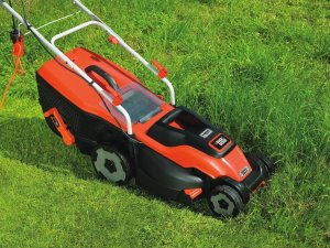 Best Electric Mower mowing