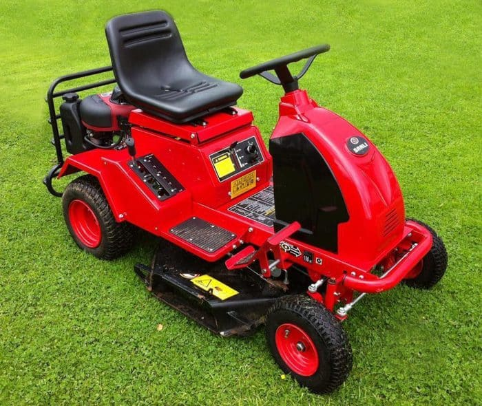 Ride On Mower >> Buying A Second Hand Ride On Lawn Mower Or Garden Tractor